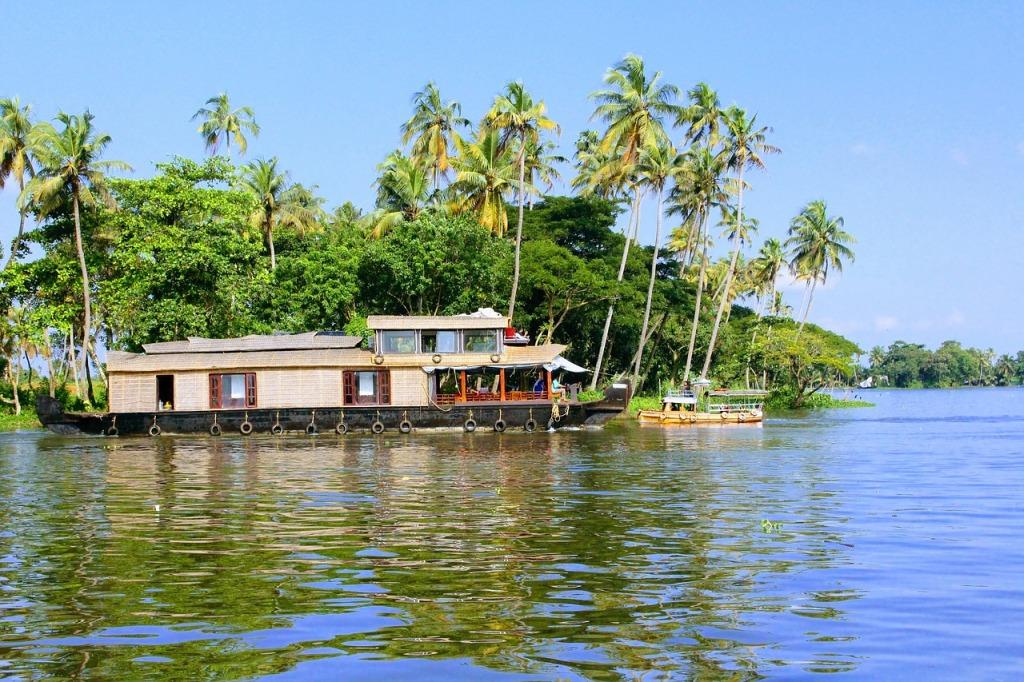 allepey boathouse