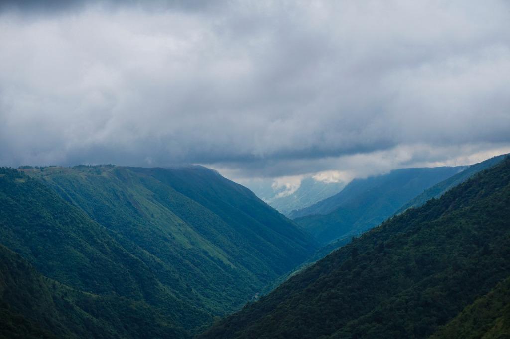 mountains in shillong