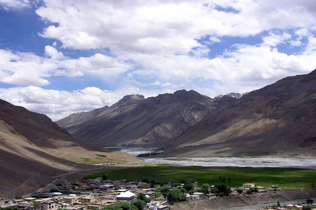 town lying in barren mountains valley of spiti