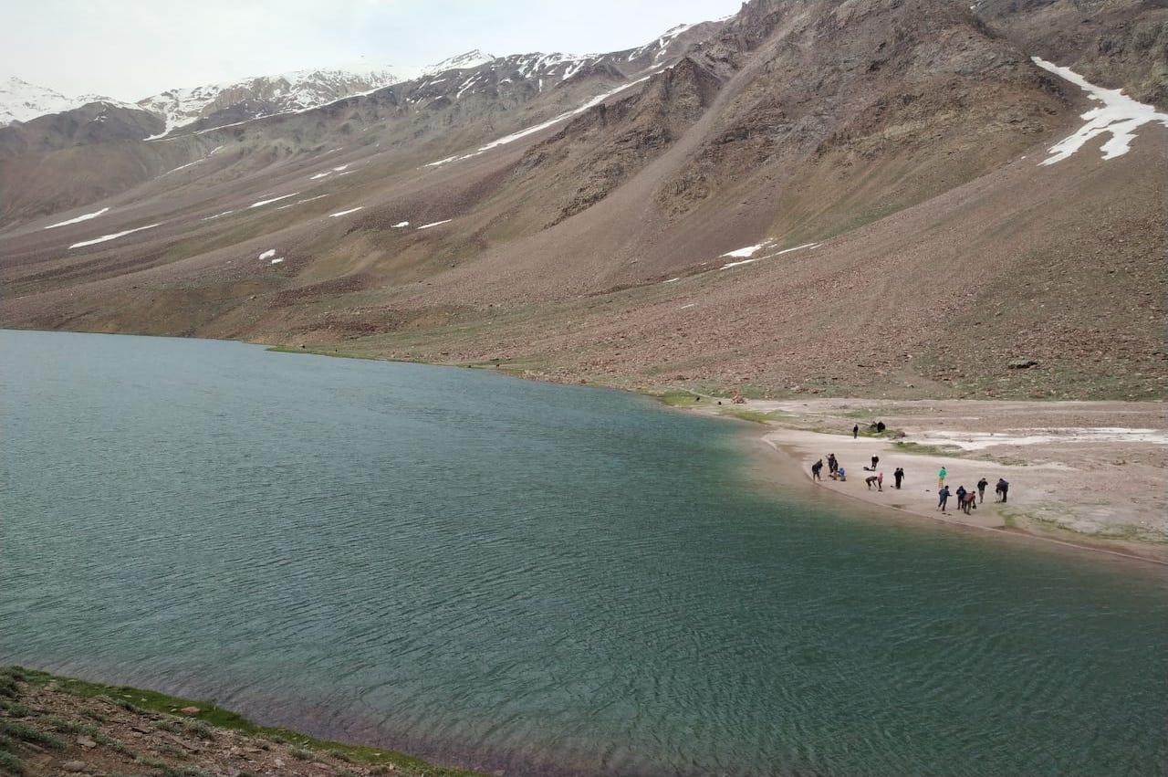 chandratal lake camping