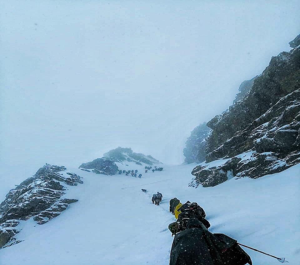 snow fall at rupin pass trek