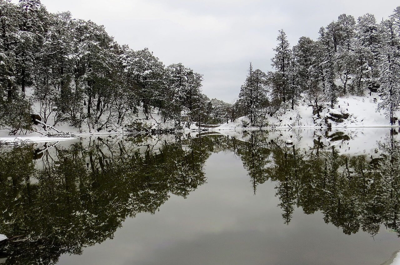 bekaltal lake in winter