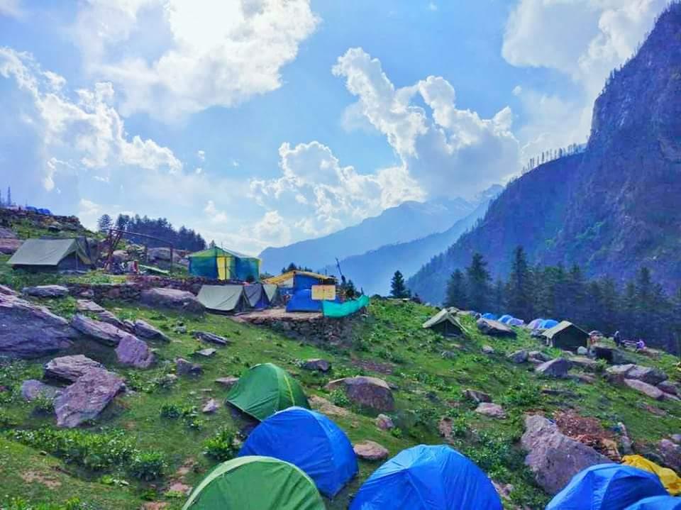 camping at kasol kheerganga