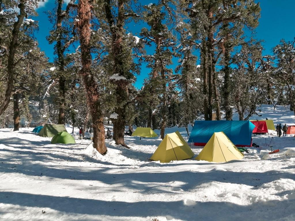 brahmatal trek campsite