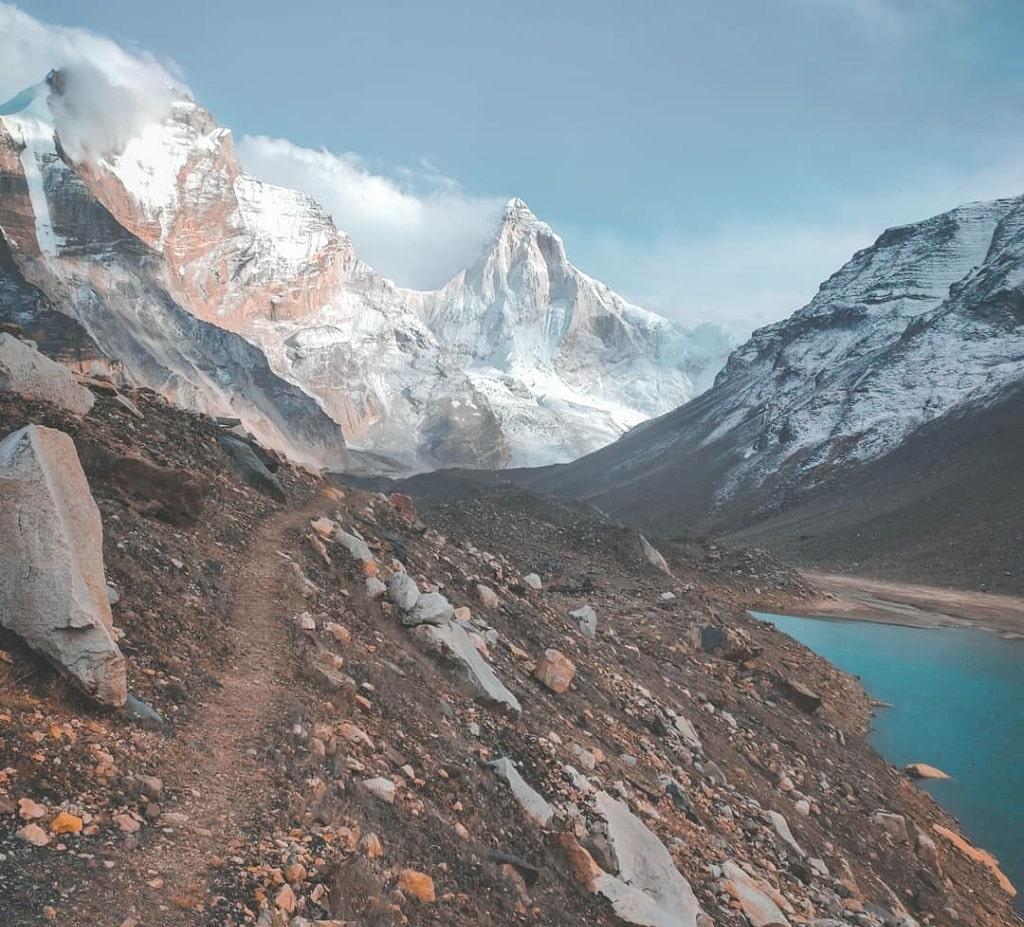 thalaysagar peak near kedartal lake