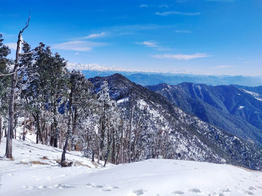 nag tibba mountain range