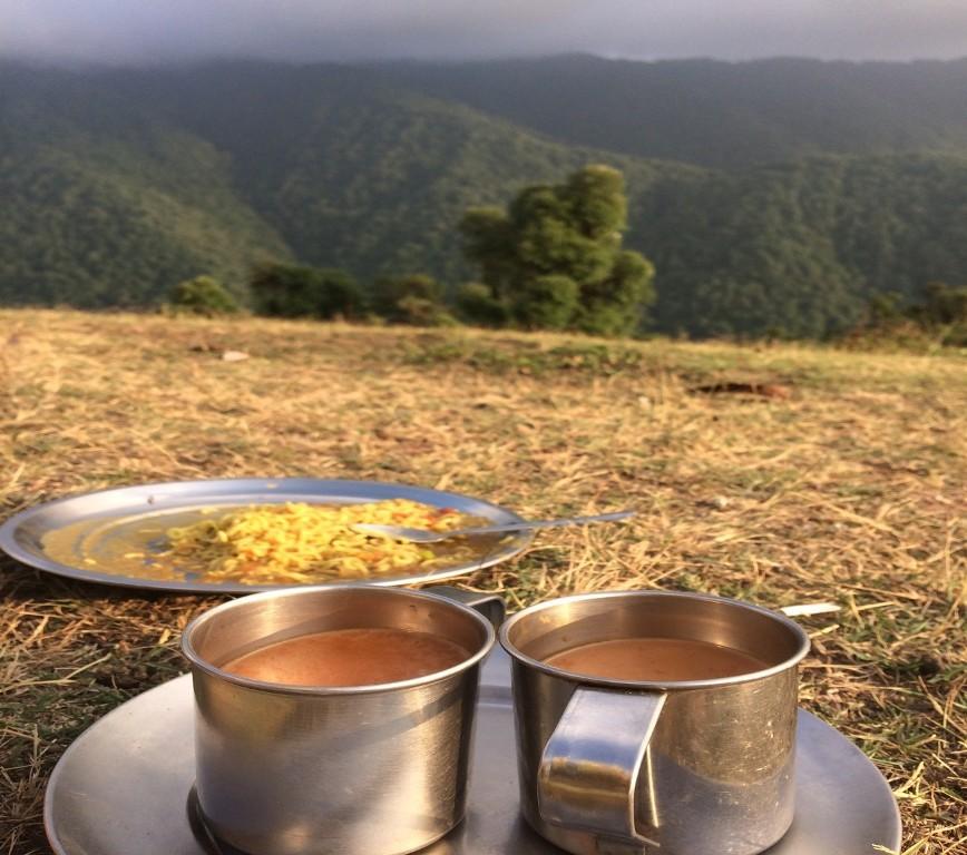 tea and maggi during nag tibba trek