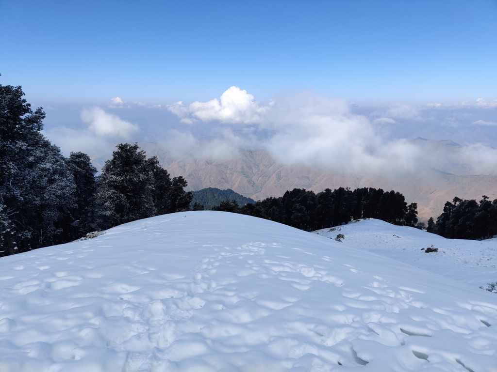 nag tibba in winter