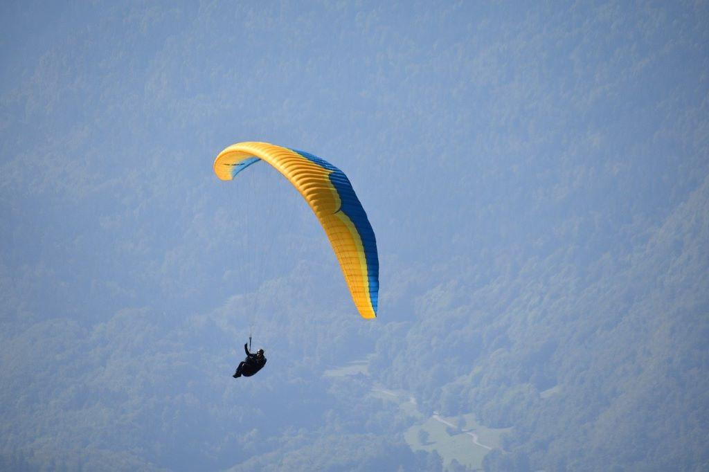 paragliding in meghalaya