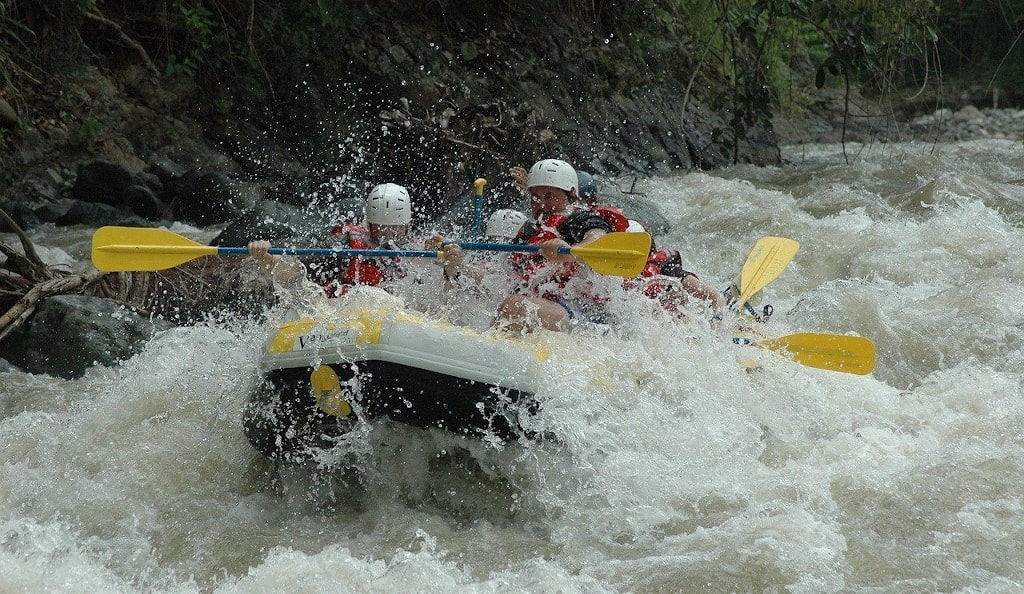 river rafting in arunachal