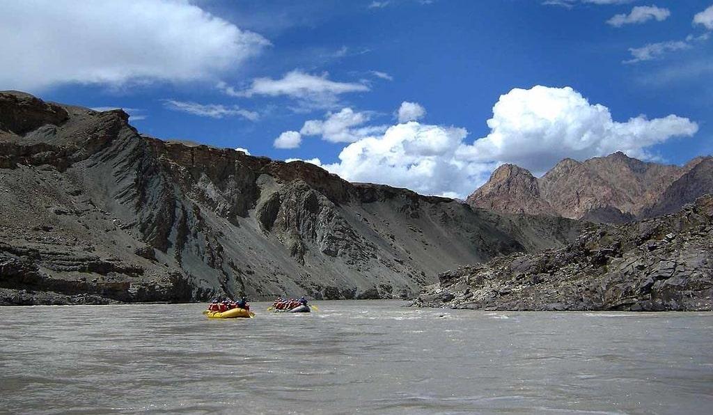 rafting in ladakh