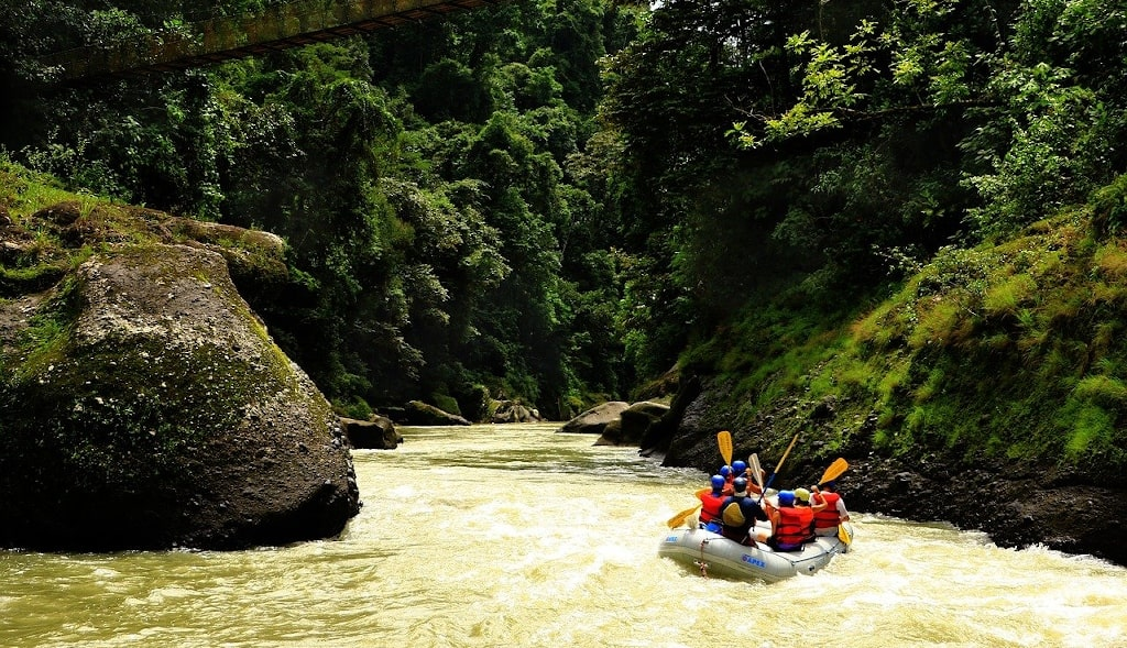 river rafting places in india