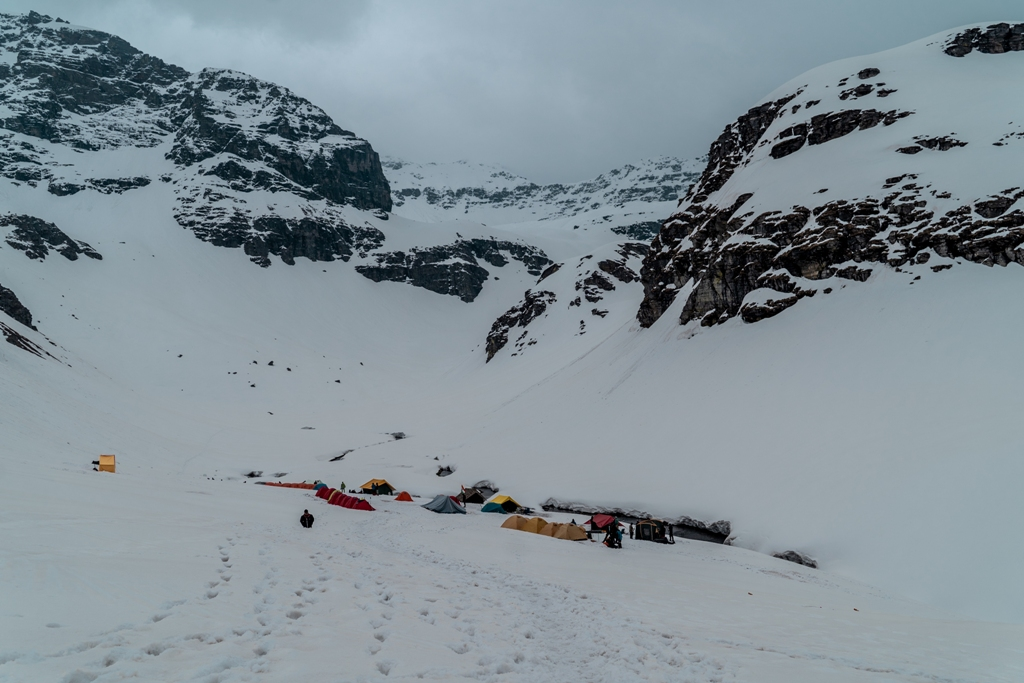 campsite at rupin pass trek