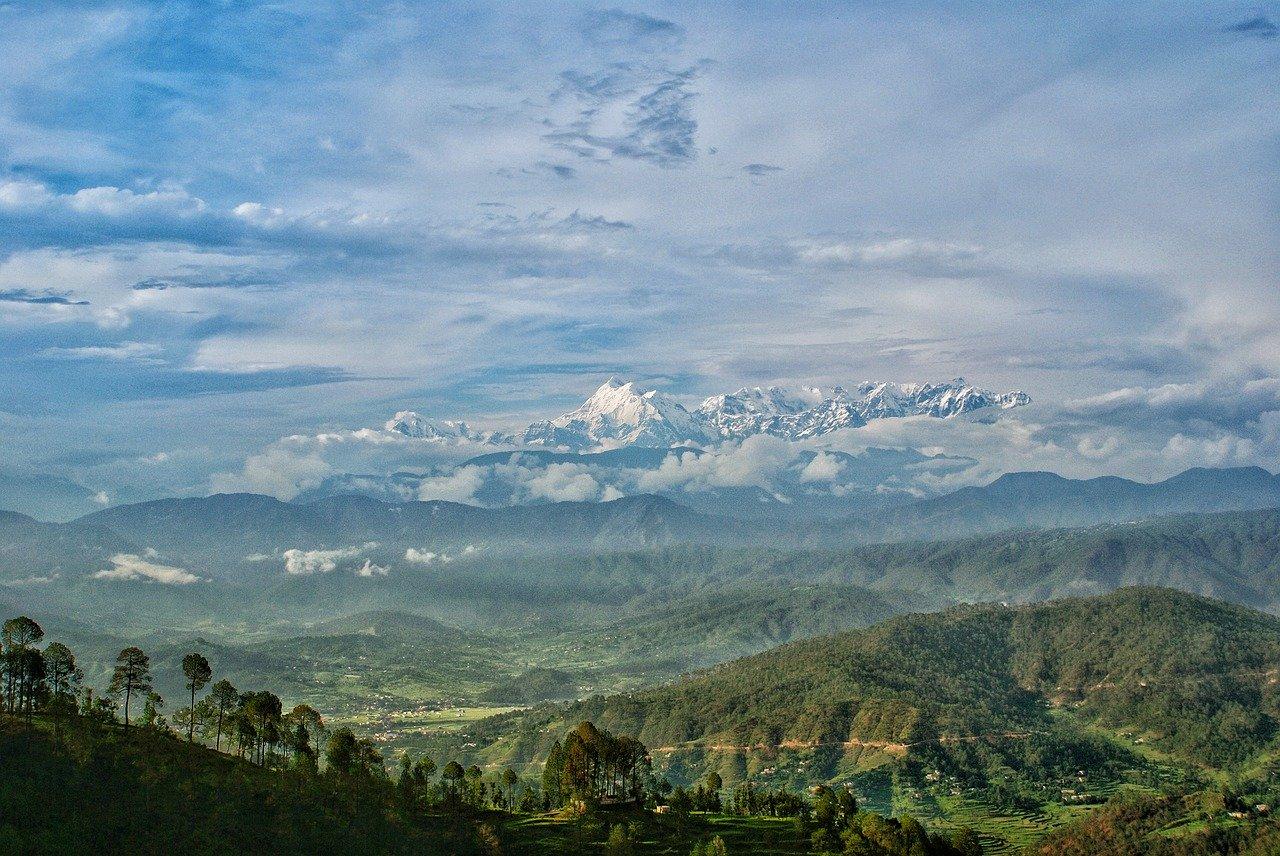 himalayan view from kausani
