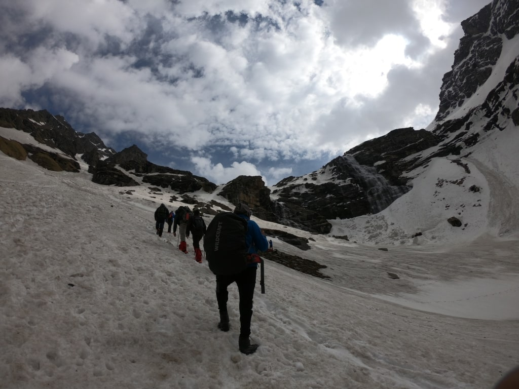snow trekking in india