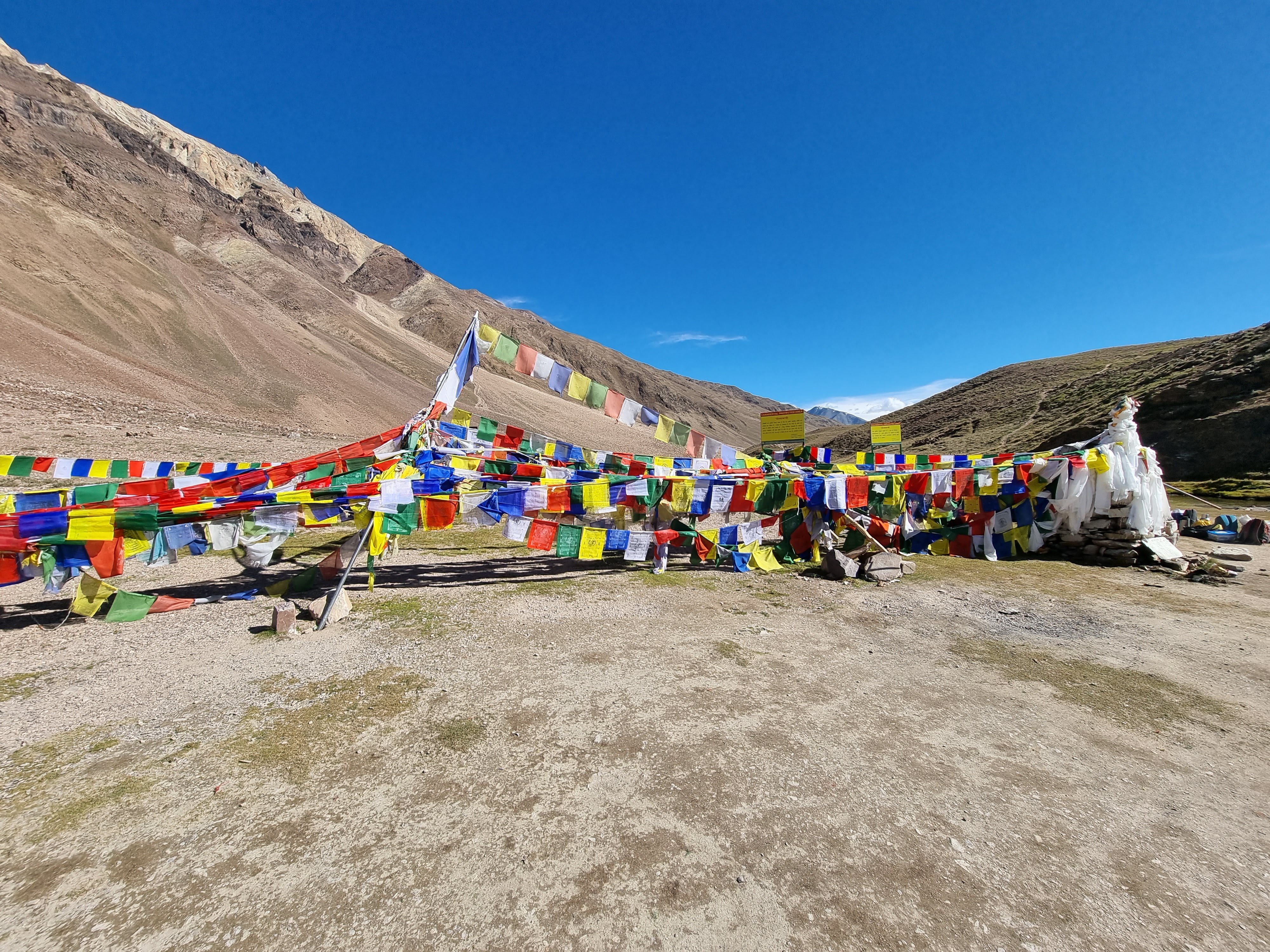 treks in lahaul and spiti valley