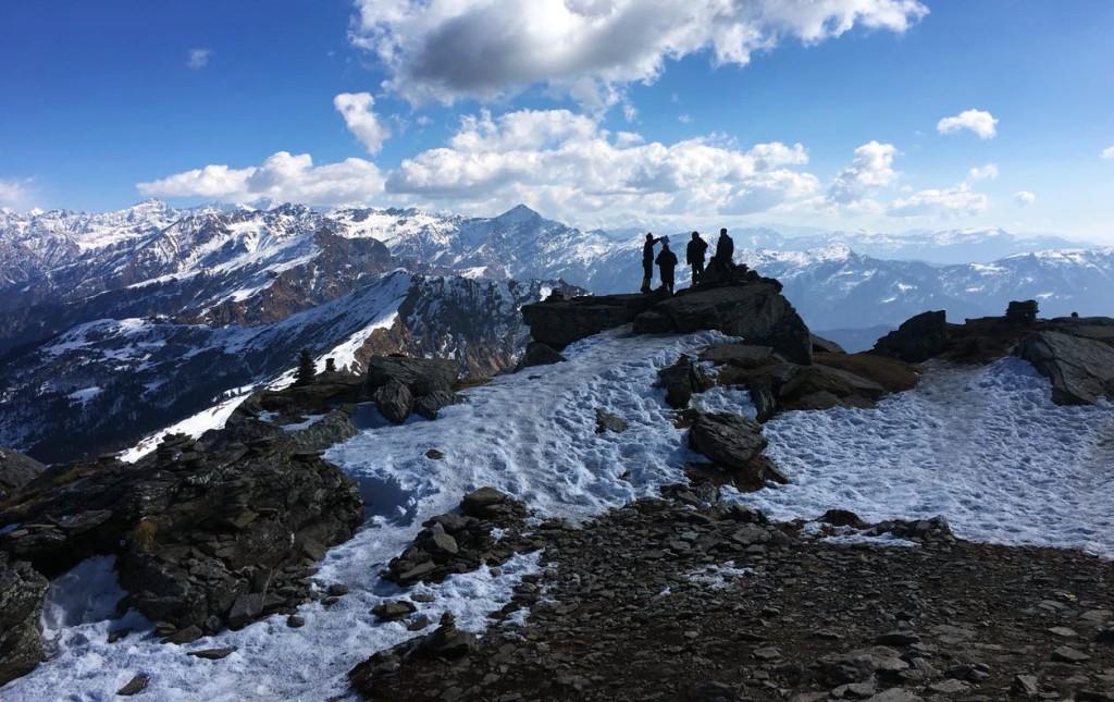 panaromic view from kedarkantha peak